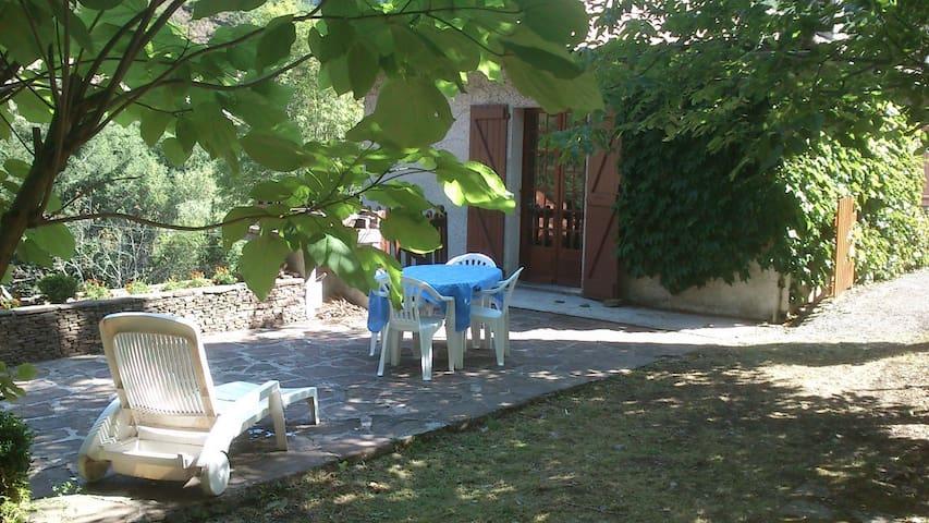 Un petit coin de verdure - Balaguier-sur-Rance