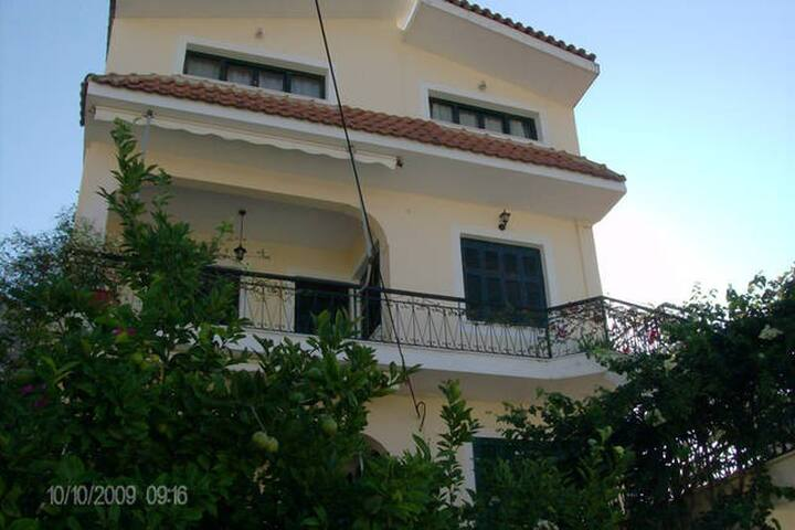 Beautiful penthouse in Kefalonia