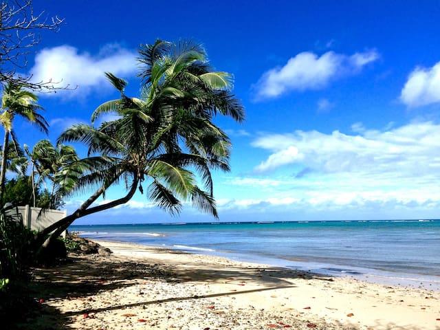 Kaaawa Paradise Beach House :-)  ALOHA