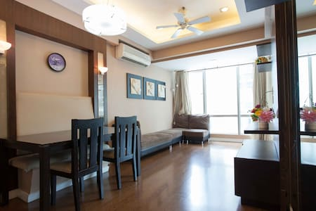 Chic BGC 2BR - Special weekly rate
