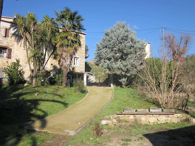 Maison dans sublime jardin 6pers - Isolaccio-Di-Fiumorbo - House
