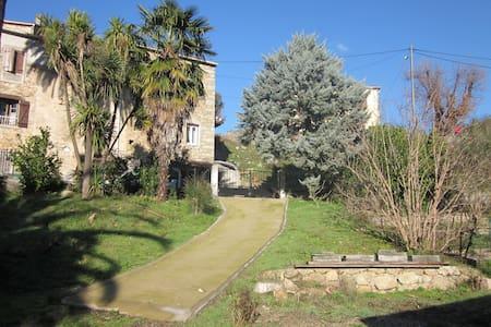 Maison dans sublime jardin 6pers - Isolaccio-Di-Fiumorbo