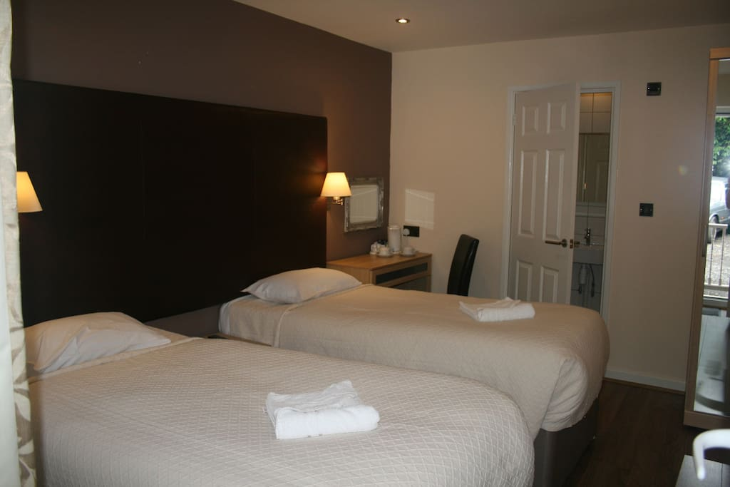 Twin room with en suite and free Wi-Fi in every room.