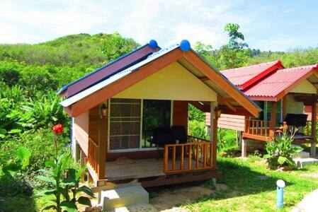 Phusambig Resort Koh Mook - Huvila