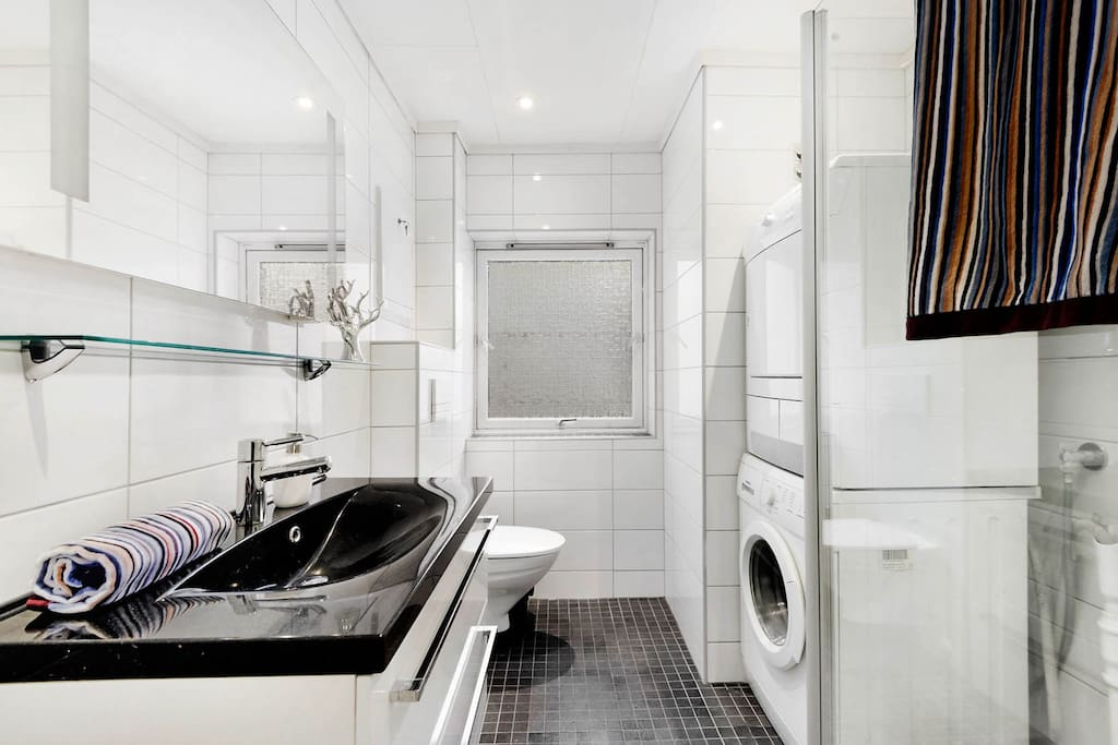 The bathroom is also new from 2011 and includes underfloor heating, a washing machine and a tumble dryer, also at your disposal.