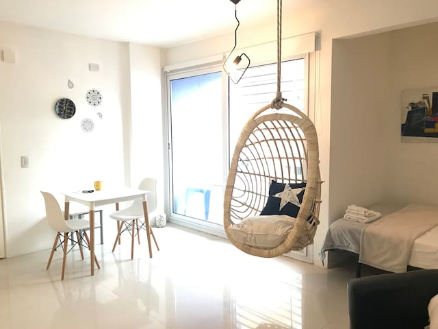 Modern & Cozy COOL Location in PALERMO!