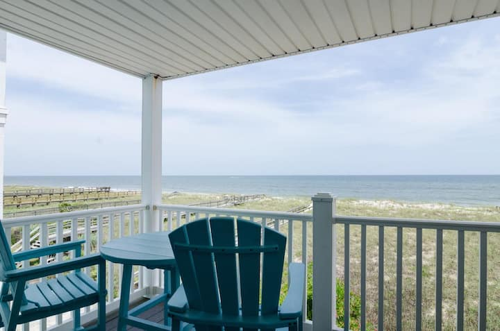 Bosley-Recently updated oceanfront condo only a short stroll to the boardwalk