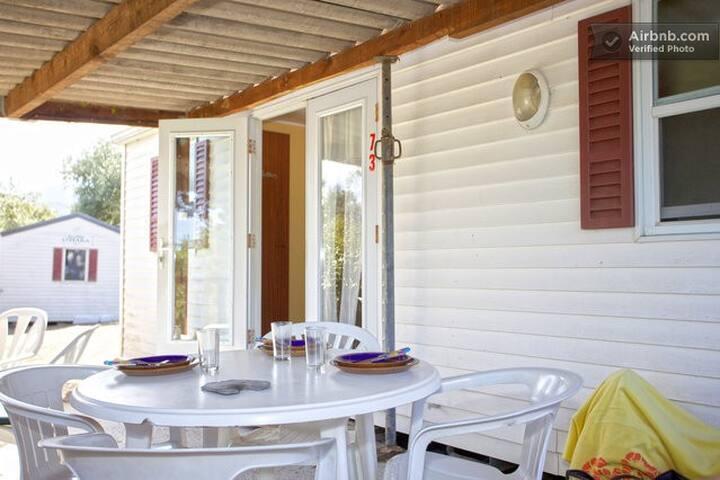 Mobil home 1-70 a 10mn d'Ile Rousse - Occhiatana