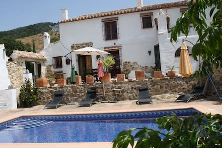 Traditional Andalucian  Farmhouse with pool - Málaga - Casa