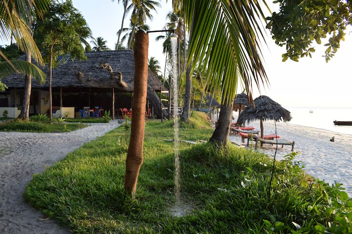 Juani Beach Bungalows