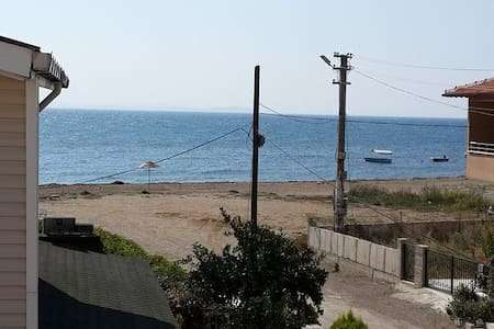 Vacation beach house on Aegean See