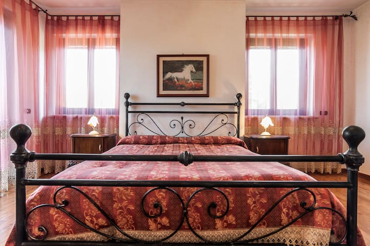 Casal dei Papi B&B camera quadrupla - Sermoneta - Bed & Breakfast