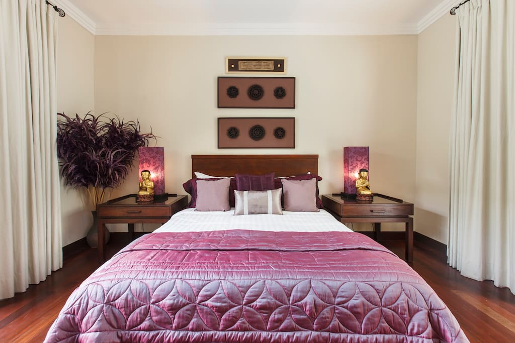 Luxury boutique guesthouse 1 location studio bed and for Luxury boutique bed and breakfast