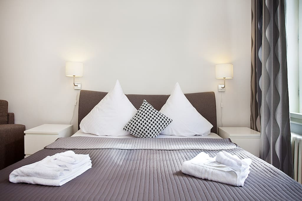 We provide you with bedlinen and towels!