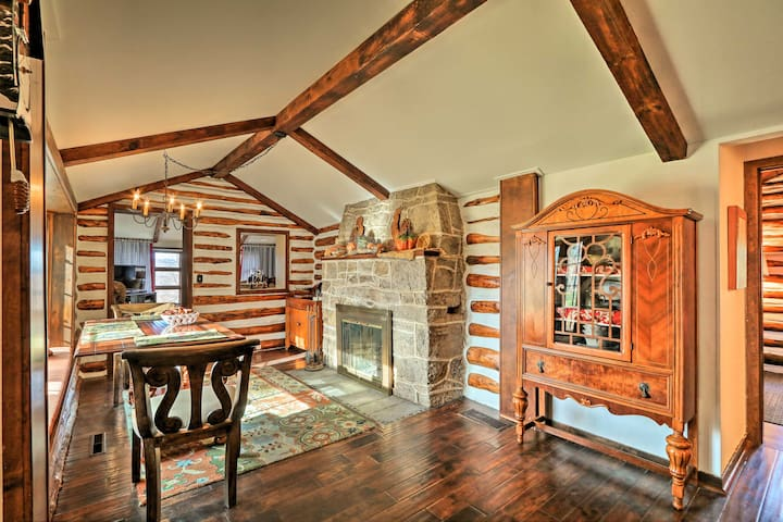 Macungie Cabin w/Fireplace Near Bear Creek Skiing!