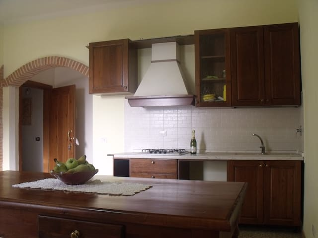 appartamento ideale per famiglie - Pian di Scò - Byt
