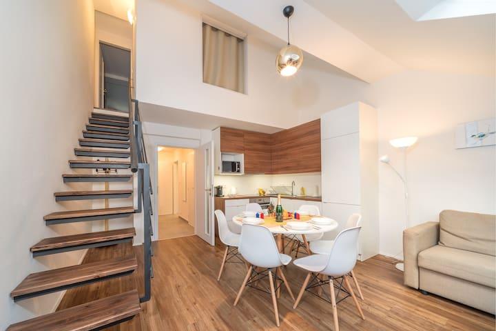 Prague City Stay Jagellonska - 2 Bedroom Split level Apartment