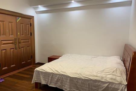 木兰山避暑养生民宿--张杰农庄