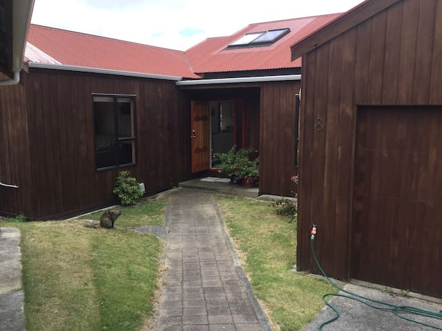 Family home for a Wellington holiday