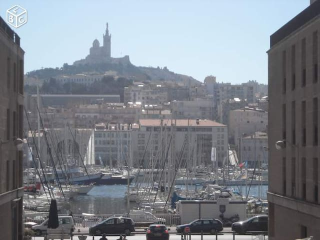 Appartement arty situé sur le Vieux Port - Marseille - Appartement