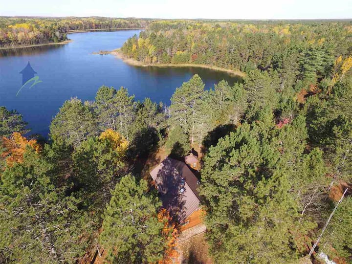 BICKEL'S CABINS: Secluded 76 acres, beautiful fall colors!