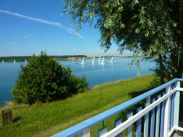 vakantiechalet aan groot meer - Éclaron-Braucourt-Sainte-Livière - Blockhütte
