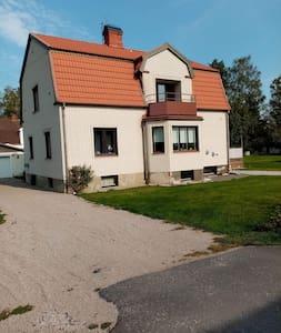 Lägenhet mitt i Glasriket och älgriket i Småland.