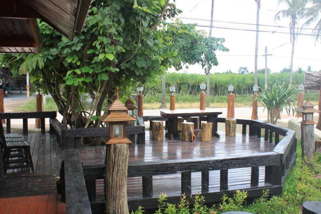 A beautiful patio for you to enjoy