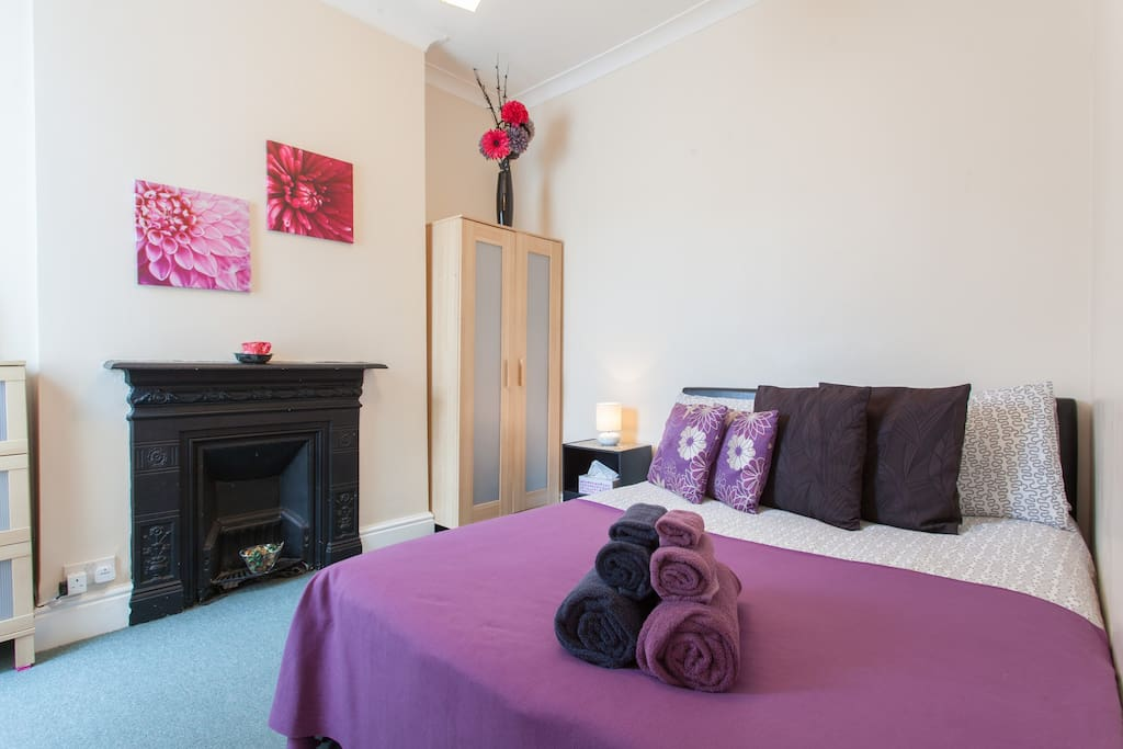 Cosy room in leafy chiswick r1 chambres d 39 h tes for Chambre d hote londres