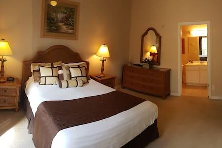 Luxury Resort Master Bedroom Suite, Shared Kit etc