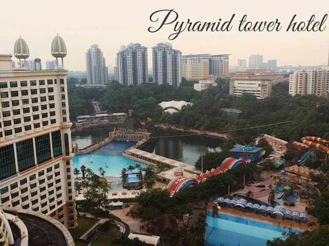 Luxury studio @ Sunway pyramid海底捞
