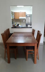 Private Apartment with easy access - Apartemen