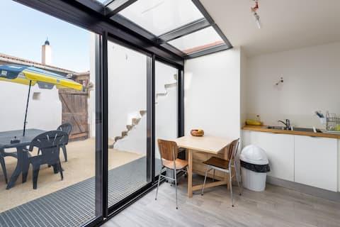 Beautiful studio with inner courtyard