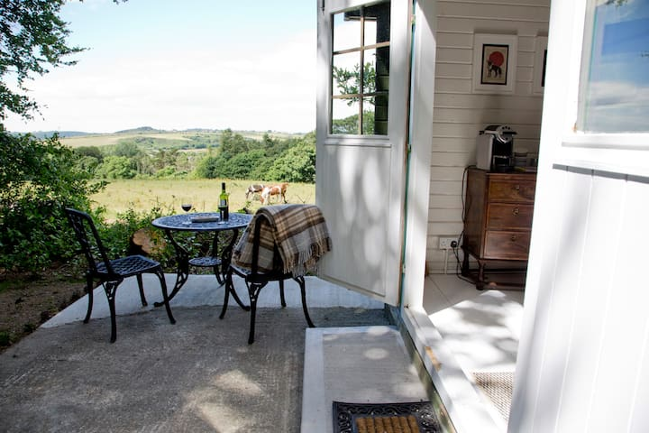 Cosy Cabin at Dunbrody (sleeps 4)