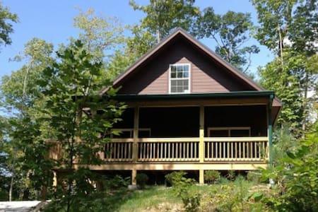 Wolf Creek Lake - Oakview Cabin - Tuckasegee - Casa de campo