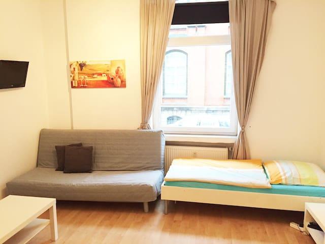 Dreibettzimmer zentrumsnah Hannover Südstadt