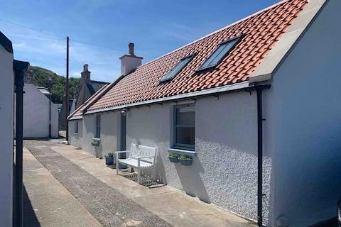 Solas Cottage, 221 Seatown, Cullen