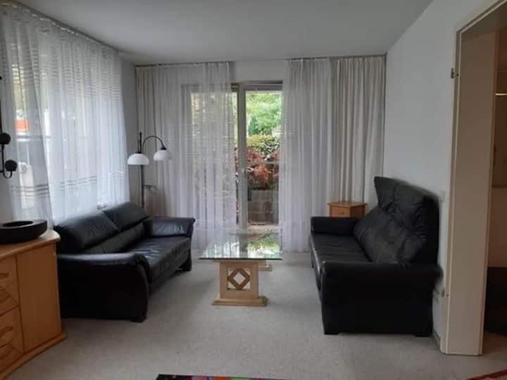 Big Berlin apartment in Weißensee, long stay
