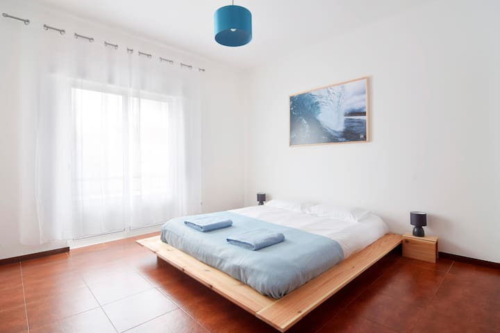 Double Room in Azores Surf Center Surf House - Ribeira Grande - Dům