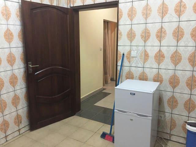 Splendid 1 bedroom, 2 bathrooms. - Douala - Flat