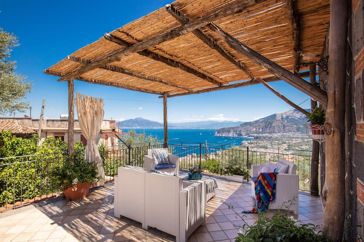 Villa Antonella - Relaxing Sea View