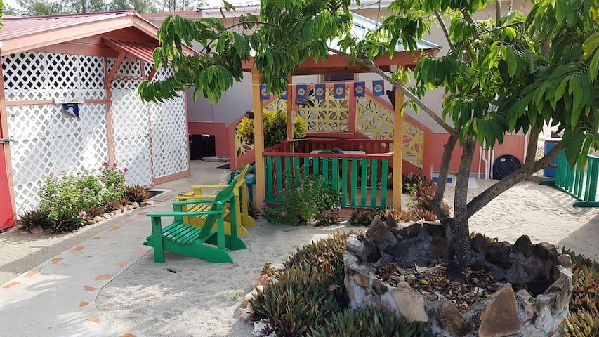 Sandpiper Beach Cabanas - PINK FLAMINGO