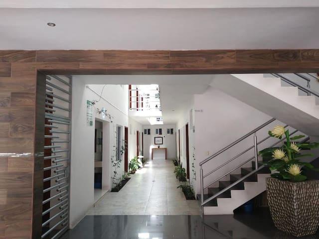 Hermoso HOTEL REAL VILLA, ubicado en Villa Corona