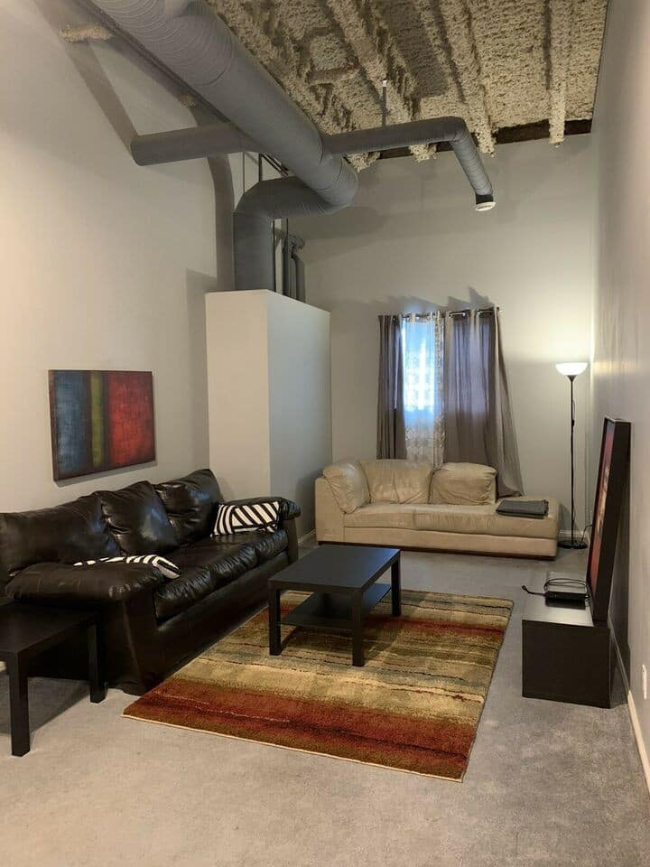 Loft Sytle 3 bdrm Fully Furnished