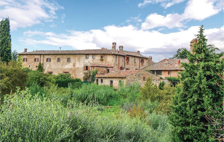 Holiday apartment with 1 bedroom on 75 m² in San Casciano V.P. FI