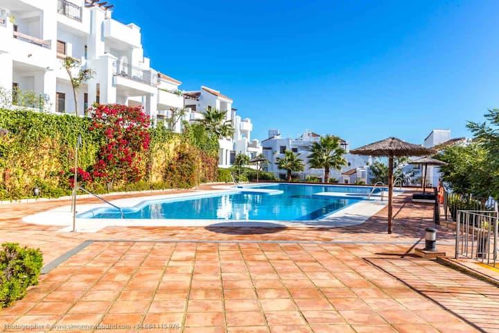 Apartment 2 beds 2 baths Sea View Alcaidesa Spain