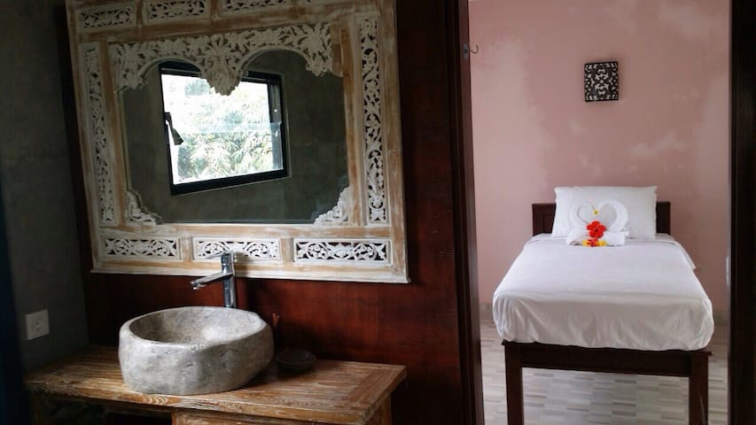 Manada Guesthouse Superb Room 5