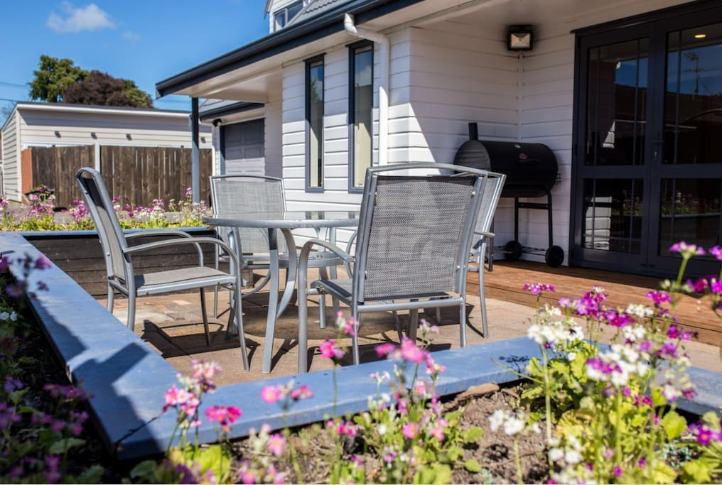 Beautiful Spacious And Secure Home In Avondale Houses For Rent In Auckland Auckland New Zealand