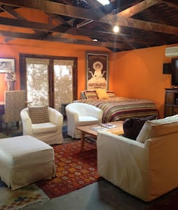 Beautiful guest cottage for 4 - Altadena - Σπίτι