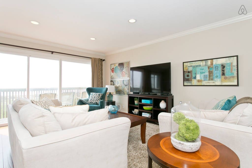 Amazing Beachfront 3 Bedroom 2 Bath Apartments For Rent In San Francisco California United